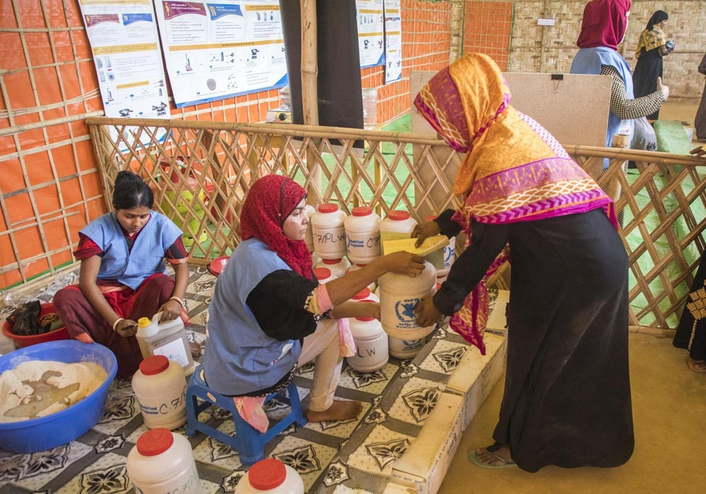 WFP and UNICEF utilise technology to improve food and hygiene distribution in Cox's Bazar