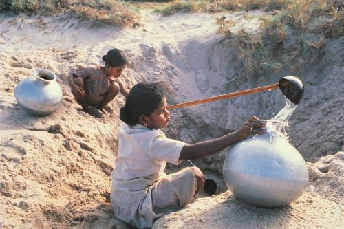 FACING DROUGHTS - The Integrated Drought Management Programme (IDMP)